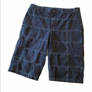 Columbia men's plaid cargo shorts